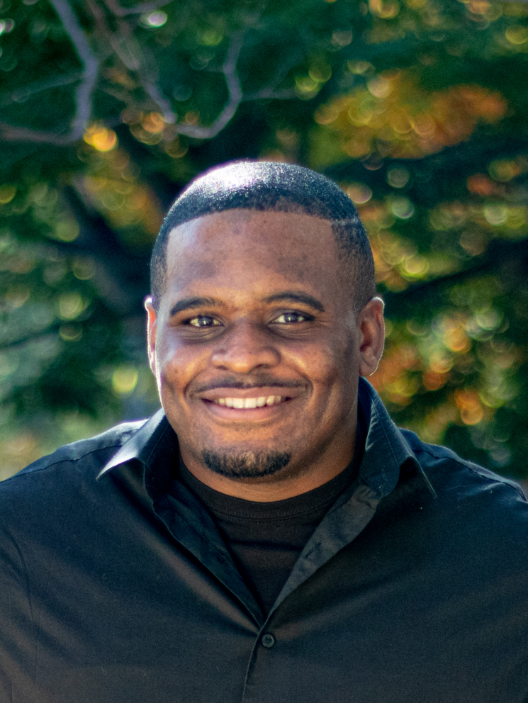 Andre Forbes Headshot